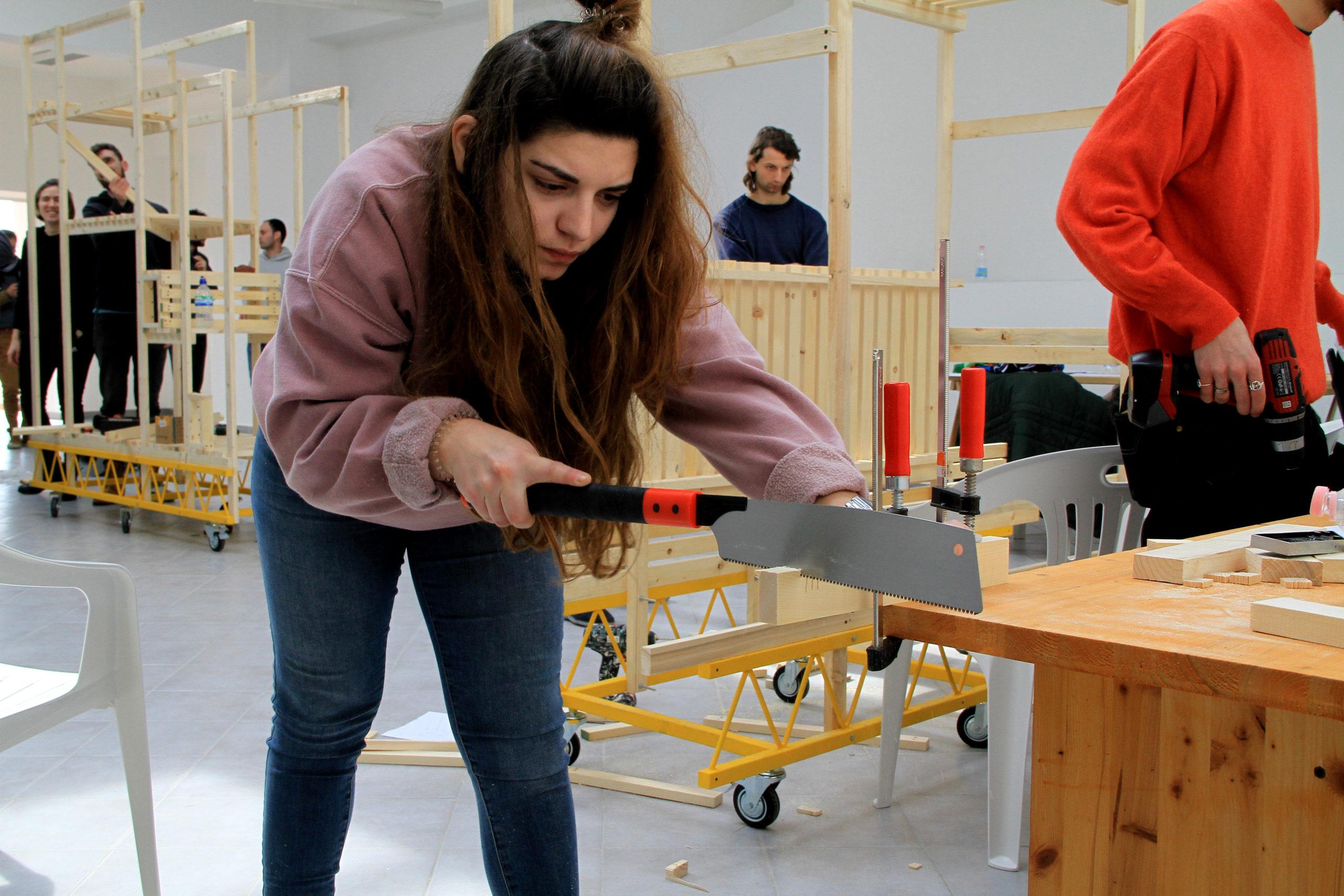 Auto-costruzione delle strutture durante il workshop